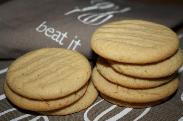 Peanut Butter Cookies (By Laura Secord ). Photo by Pink_Diamond