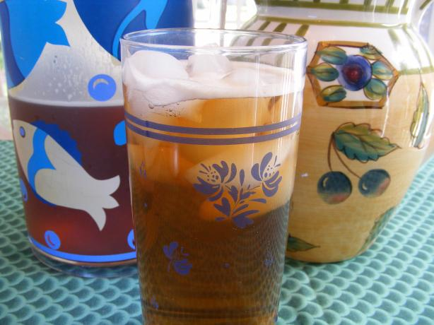 Southern Sweet Iced Tea. Photo by Seasoned Cook