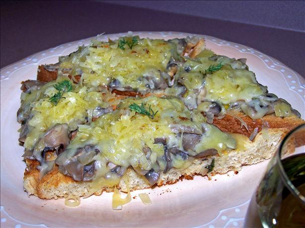 Mixed Wild Mushroom Saute on Toast Points (Rachael Ray). Photo by Rita~