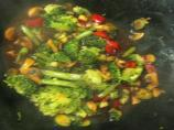 Broccoli, Mushroom & Red Peppers in Black Bean Garlic Sauce