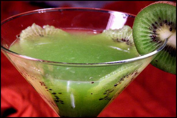 Kiwi Martini. Photo by NcMysteryShopper