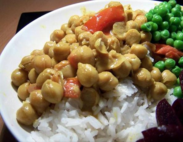 Garbanzos in Coconut Milk. Photo by Moor Driver