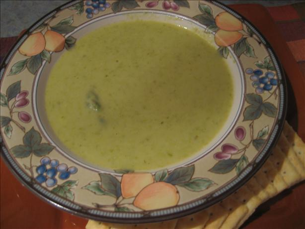 Asparagus (Or Broccoli) and Fontina Cheese Soup. Photo by Pellerin