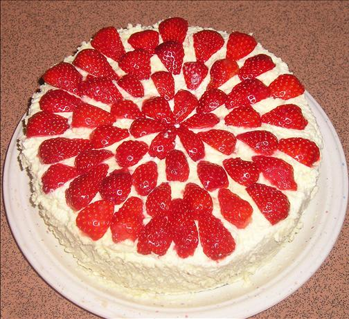 Strawberry and Cream Cake. Photo by samcp4