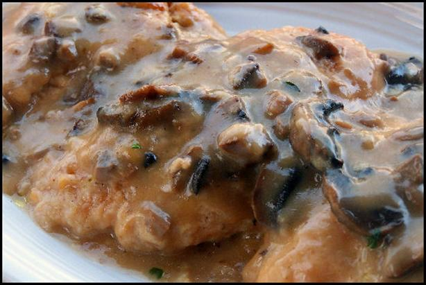 Crock Pot Amaretto Chicken. Photo by NcMysteryShopper