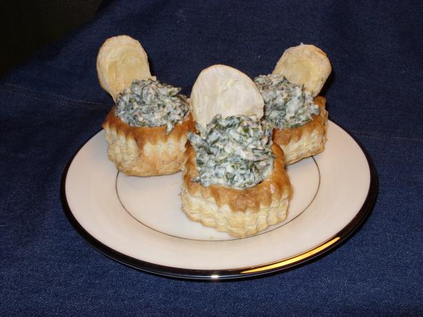 Spanakopita in Pastry Cups. Photo by Mulligan