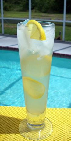 Lemon Water (Agua Limon). Photo by diner524