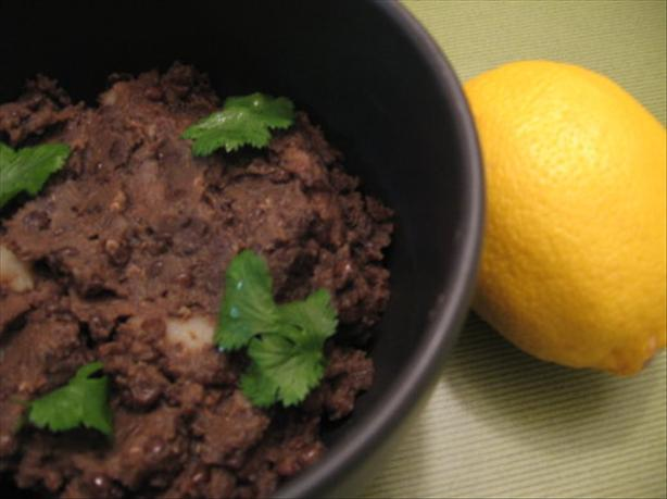 Adas Bil Hamod - Lentils With Lemon Juice. Photo by Engrossed