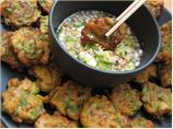 Tod Mun Goong ( Thai Fish and Shrimp Cakes )