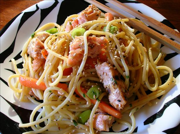 Asian Salmon Noodle Salad. Photo by Pam-I-Am
