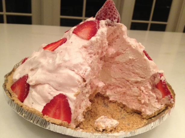 Mile-High Strawberry Pie. Photo by LJeffTheChef