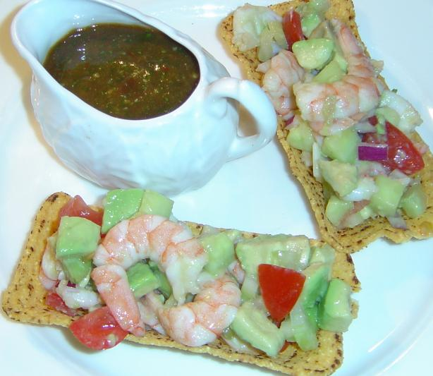 Spicy Shrimp Avocado Salad. Photo by Pets&#39;R&#39;us