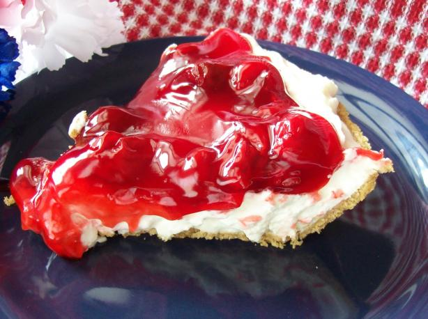 Easy Cherry or Blueberry Cream Pie (No-Bake). Photo by Chef shapeweaver ©
