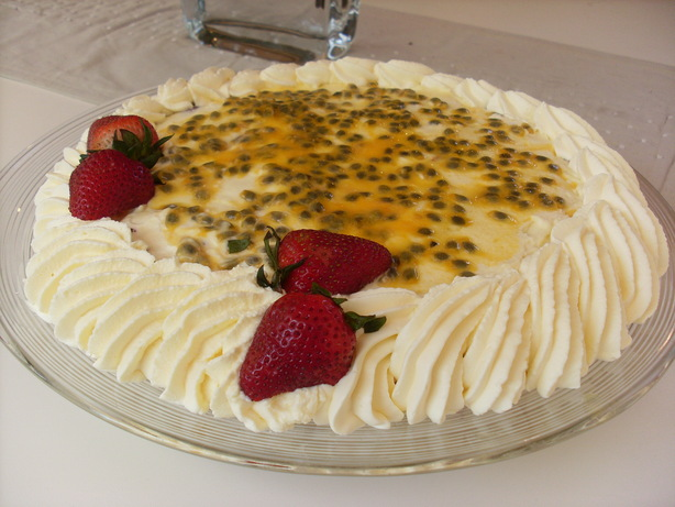Mim&#39;s Fruit and Wine Trifle. Photo by Ninna