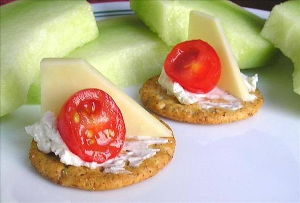 Emily&#39;s Cheese and Tomato Cracker Appetizer. Photo by EmmyG37