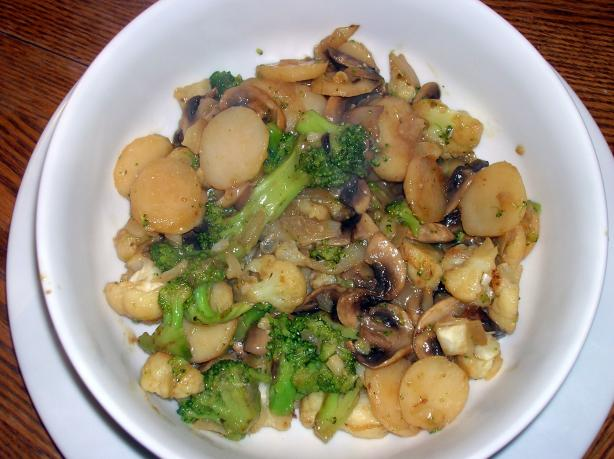 Stir-Fried Mushrooms and Broccoli. Photo by morgainegeiser