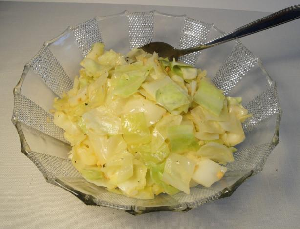 Rosy Garlic Sauteed Cabbage. Photo by Debbwl