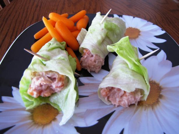 Tuna Salad Roll Ups (Fast, Light, Low-Carb, Snack). Photo by loof