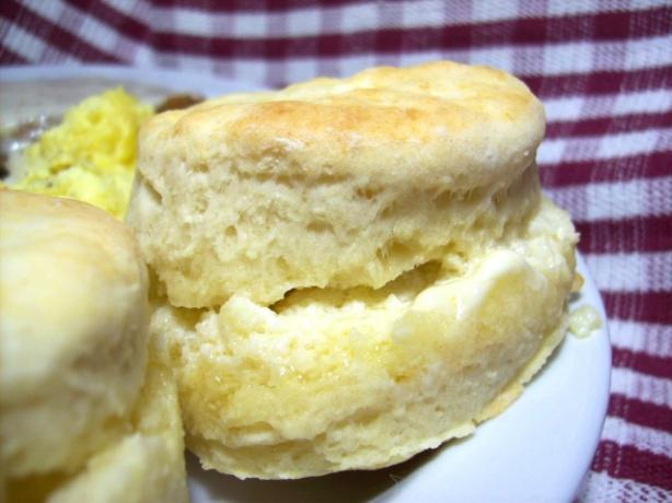Mom's Buttermilk Biscuits. Photo by Chef shapeweaver ©
