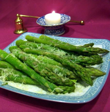 Easy, Healthy Asparagus. Photo by Derf