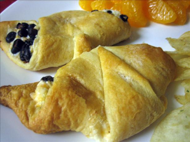 Ham and Cheese Croissants -- Just Like Sara Lee - Copycat. Photo by Junebug