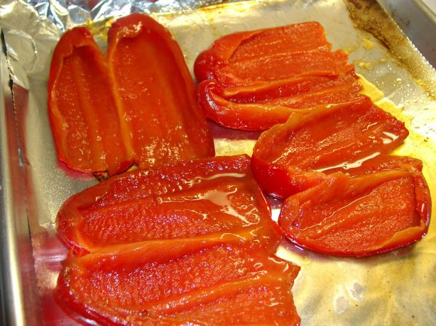 Roasted Red Bell Peppers. Photo by sloe cooker