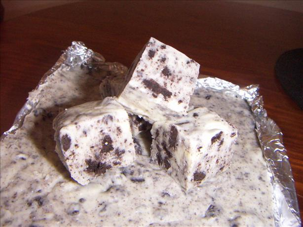 Cookies &amp; Cream Fudge. Photo by dizzydi