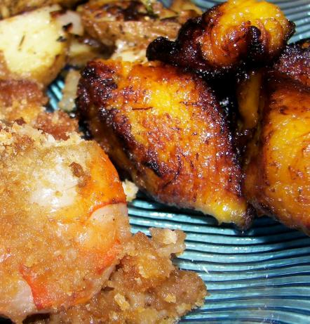 Platanos Maduros (Costa Rican Fried Ripe Plantains). Photo by Baby Kato