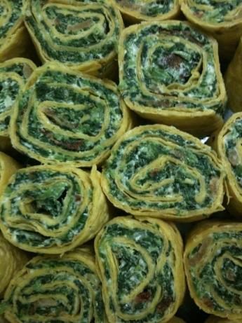 Easy Spinach-Bacon Tortilla Roll-Ups. Photo by BRV