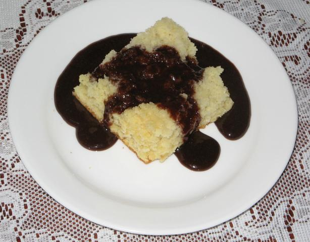 "Mom's Ultra Quick Yellow Cake and Chocolate "" Dip"". Photo by Redneck Epicurean"