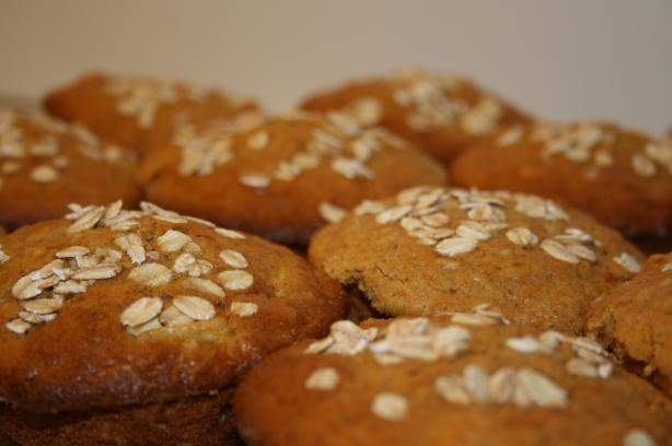 Incredible Oat Bran Muffins, Plain, Blueberry or Banana. Photo by lilsweetie
