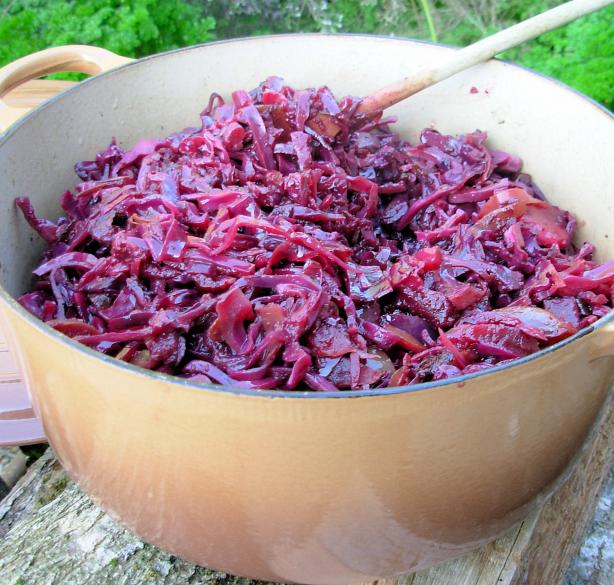 Crock Pot Baked Spiced Red Cabbage With Apples or Pears. Photo by French Tart