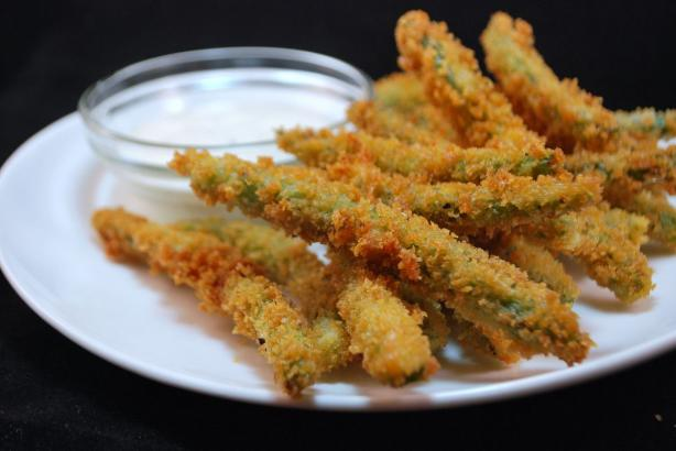 Copycat Crispy Green Bean Fries(Tgi Friday's). Photo by Crimthann