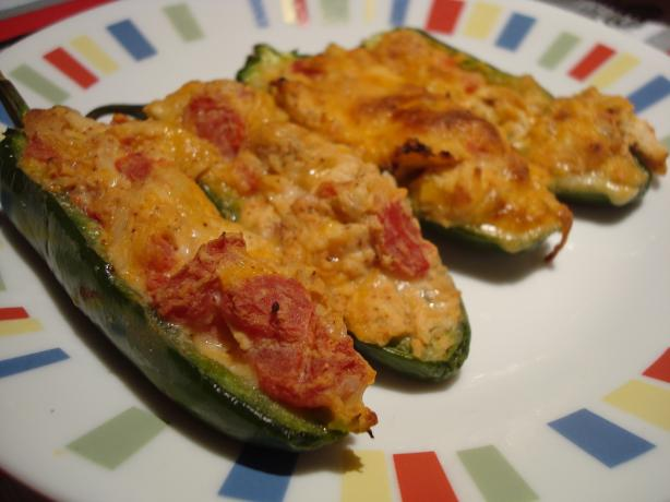 Paula Deen's Chicken Quesadilla Stuffed Jalapenos. Photo by Starrynews