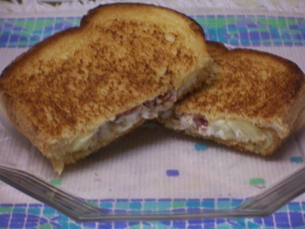 Grilled Apple, Cream Cheese, and Bacon Sandwiches. Photo by alligirl