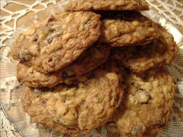 Chewy Cranberry Oatmeal Cookies. Photo by Karamia