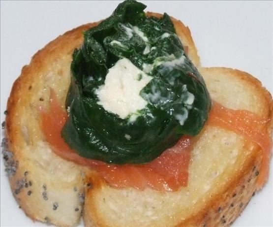 Cheese and Spinach Roulade Bruschetta. Photo by Peter J