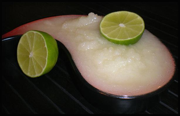Lemon (Or Lime) Sugar (Or Salt) Scrub. Photo by Sandi (From CA)