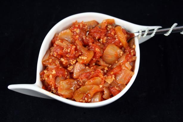 Tomato, Onion and Apple Chutney. Photo by **Tinkerbell**