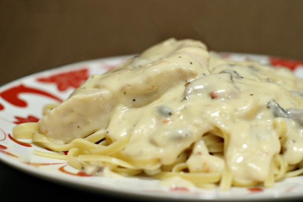 Crock Pot Creamy Italian Chicken. Photo by CulinaryExplorer