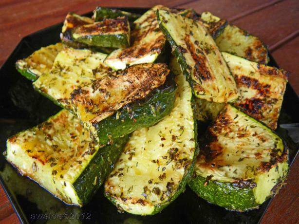 Quick BBQ Zucchini. Photo by awalde
