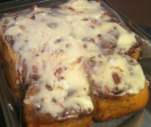Eat Your Heart Out, Cinnabon: Cinnamon Rolls. Photo by Alicia156
