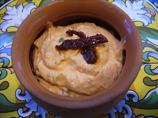 Barefoot Contessa&#39;s Sun-Dried Tomato Dip (Light Version). Photo by cookiedog
