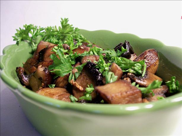 Garlicky Sauteed Mushrooms. Photo by Sharon123