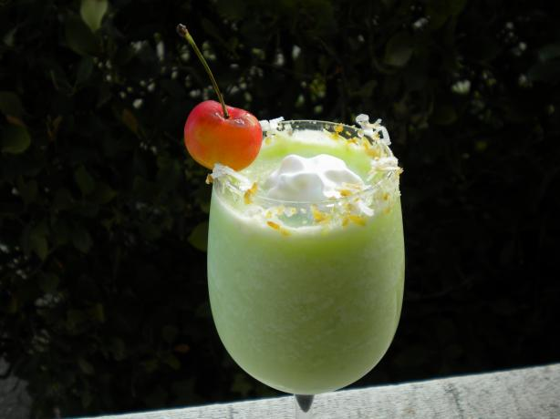 Midori Pina Colada. Photo by Tarteausucre