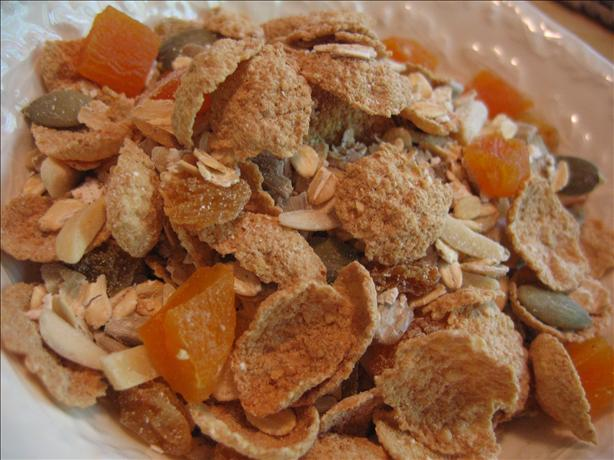 Apricot Almond Muesli. Photo by White Rose Child
