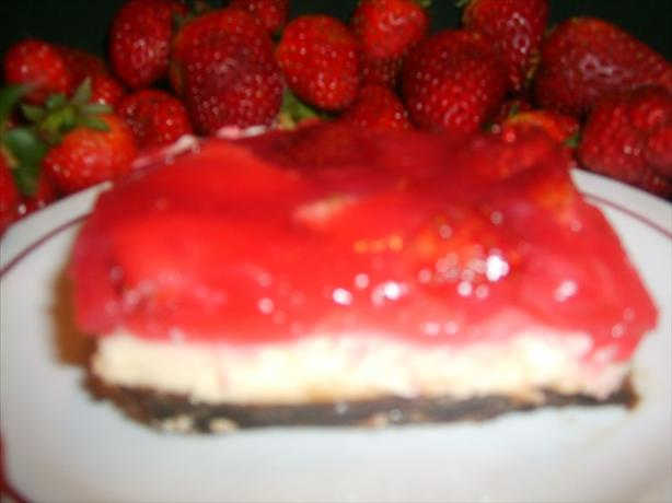 No Bake Strawberry Cheesecake. Photo by Tisme