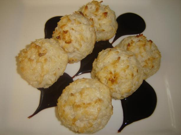 Coconut Macaroons. Photo by karenury