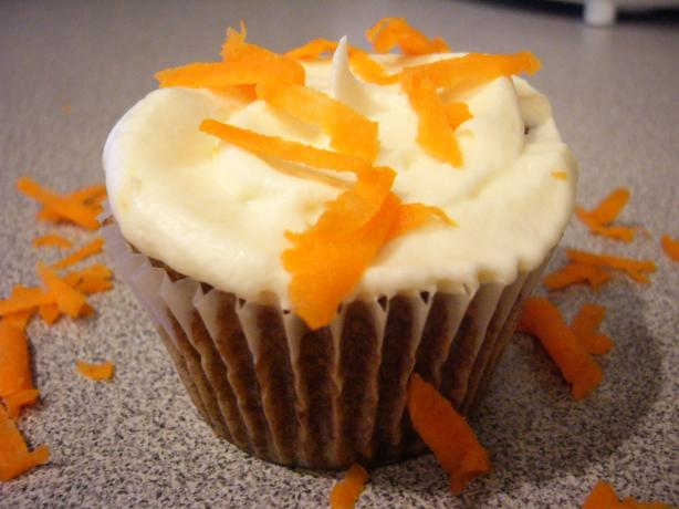 Barefoot Contessa's Carrot Cake Cupcakes. Photo by cyaos