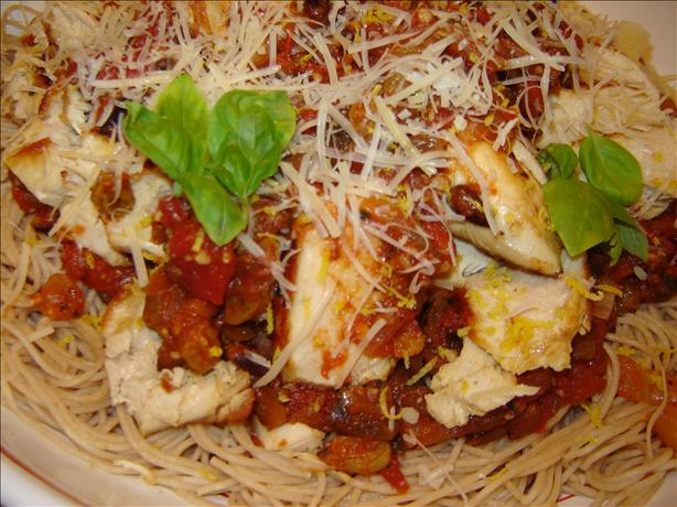 Sicilian Lemon Chicken With Raisin-Tomato Sauce. Photo by MA HIKER
